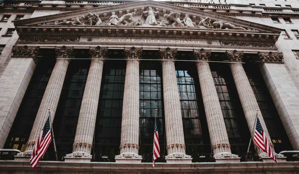 World`s five leading stock exchanges-BuyShares