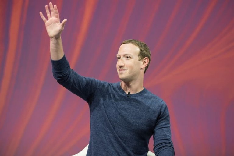 Mark Zuckerberg owned social networks controls almost 7 billion users globally