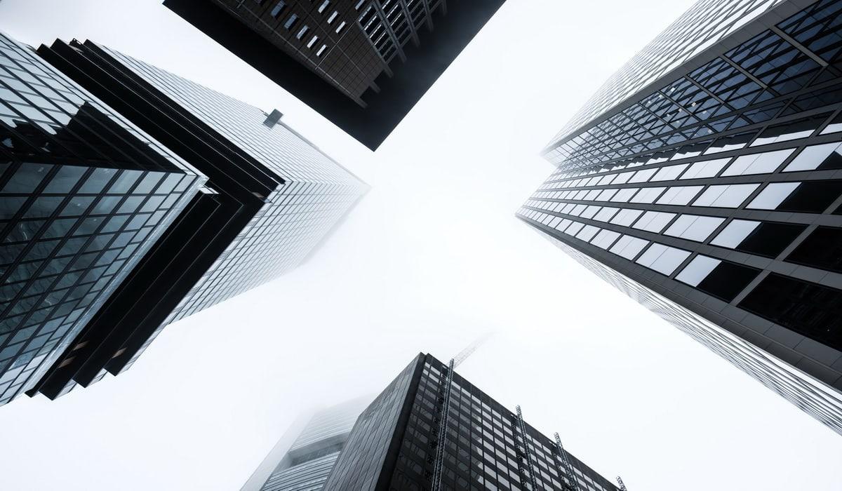 Global top 100 banks market cap-BuyShares.co.uk