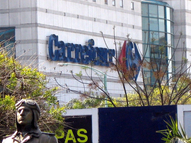 carrefour storefront